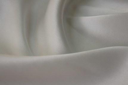 Атлас свадебный 2-х сторонний шелковый отбеленный