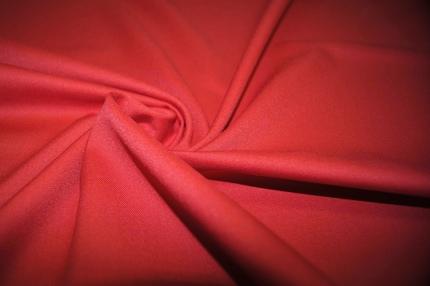 Ткань плательно-костюмная красная