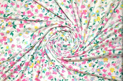 """Трикотаж вискозный набивной """"цветы"""""""