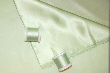 Атлас шелковый пыльный зеленый