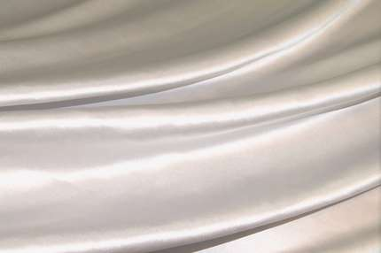 Атлас шелковый светло-серый