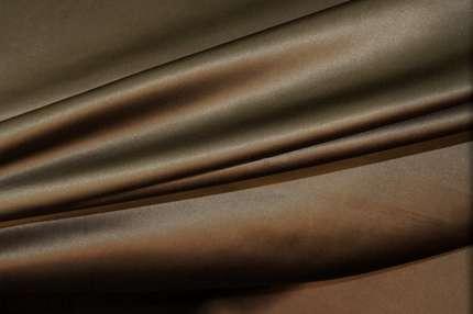 Атлас шелковый коричнево-оливковый