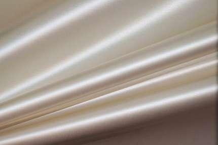 Атлас шёлковый корсетный дюшес сливочный
