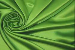 Атлас шёлковый зеленый