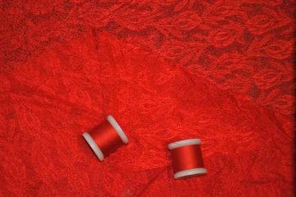 Гипюр стрейч красный