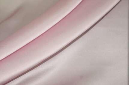 Атлас шелковый бледно-лиловый