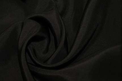 Туаль шелковая хаботай черная