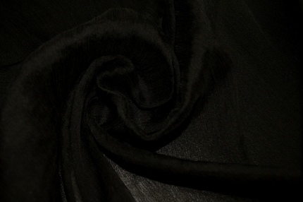 Шифон шелковый жатый черный