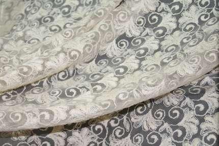 Кружево вышивка на сетке