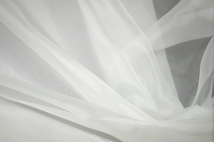 Органза шелковая белая