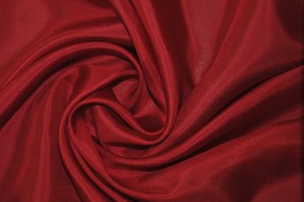 Туаль шелковая красная