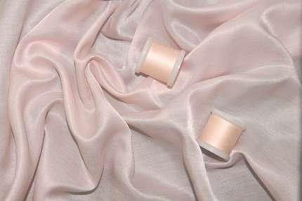 Батист шелковый розовый