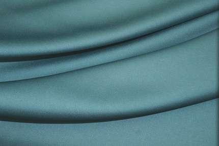 Креп-сатин вискозный плотный