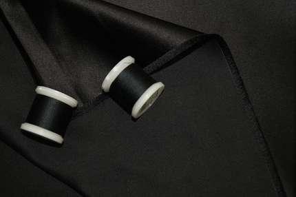 Атлас корсетный шелковый дюшес черный