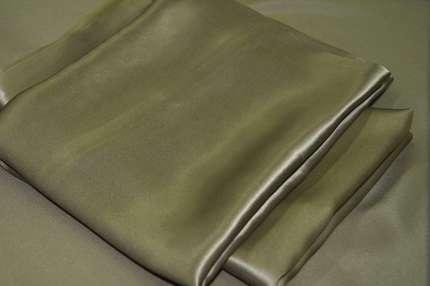 Атлас шелковый оливковый