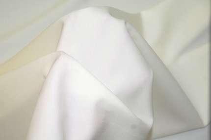 Шерсть плательно-костюмная молочная